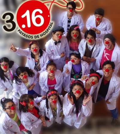 David founded 3.16 Payasos de hospital in Lima. The clowns visit hostels, nursing homes and hospitals.